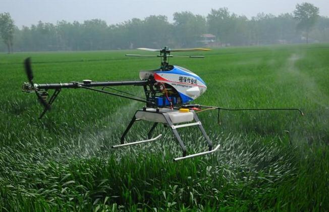 南农大学生开发农业无人机
