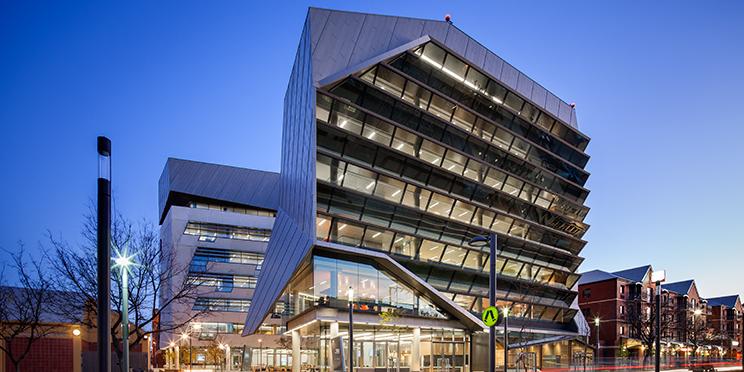 智能建筑的现状与未来发展方向