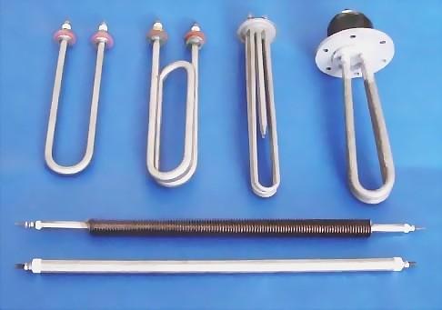 是由多根加热管焊接在法兰上集中加热,采用法兰对接的方式安装.